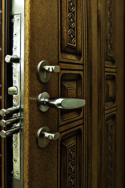 Бронированные дверные конструкции