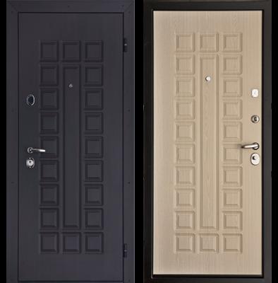Входная дверь, отделанная панелью МДФ