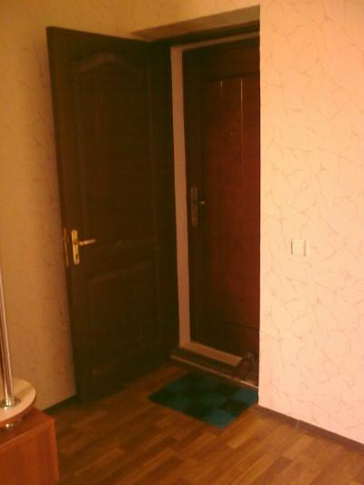 Двойные квартирные двери
