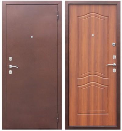 Входная металлическая дверь, облицованная деревом
