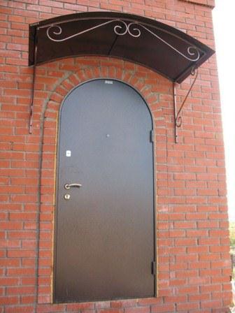 Арочная входная дверь с порошковым покрытием
