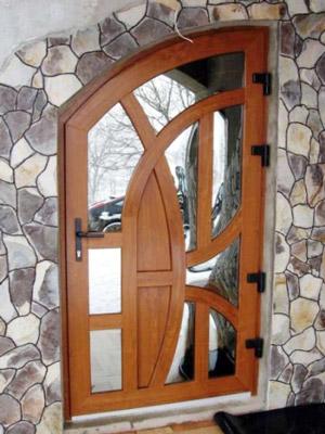 Металлопластиковые двери со стеклом