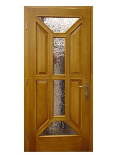 Деревянная входная дверь с декором из стекла