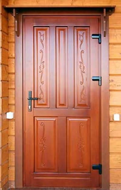 оптимальные входные двери из дерева